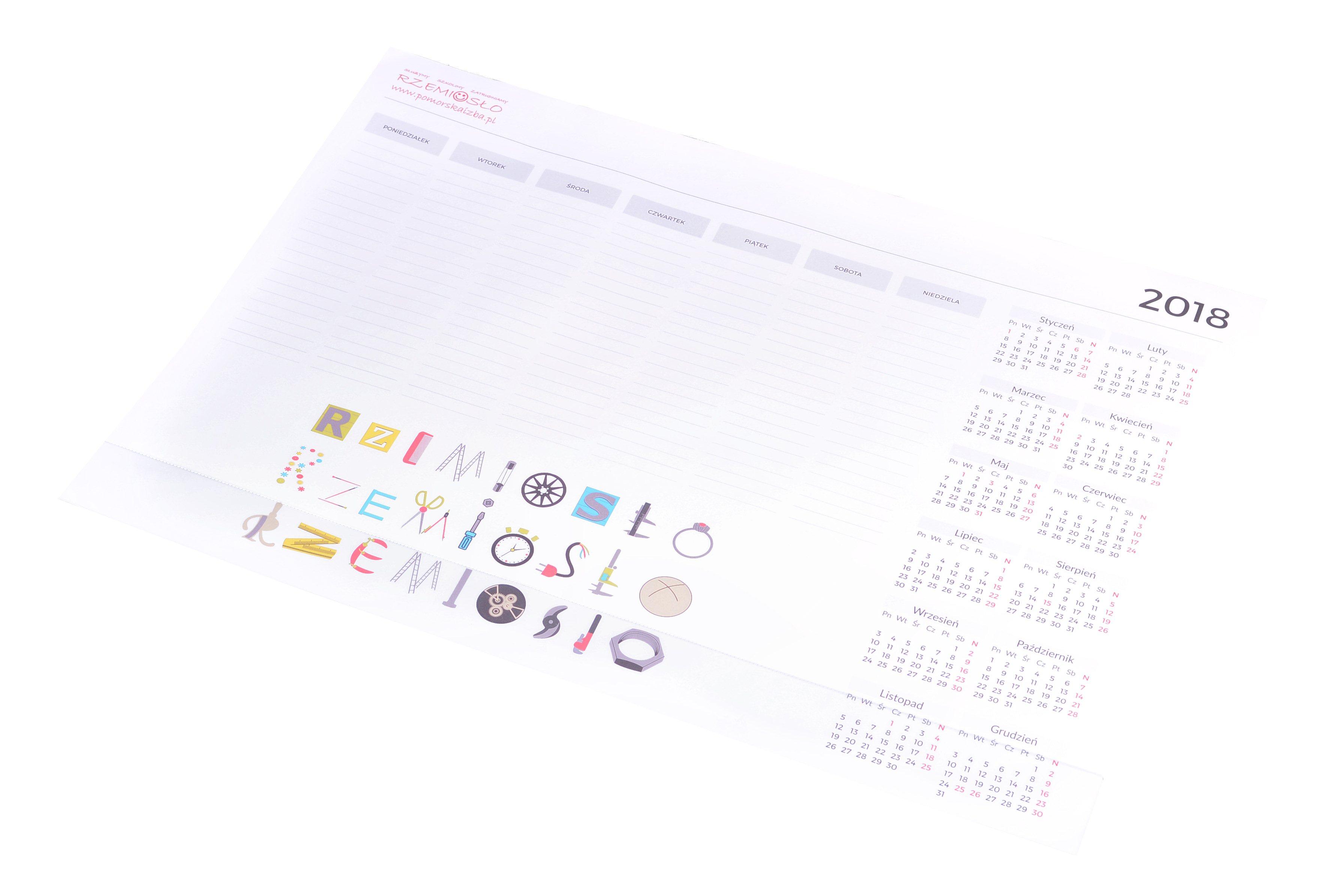 Kalendarze ścienne i biurkowe